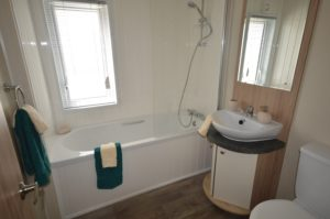 Alberta Whitstable - Willerby Cadence - Bathroom