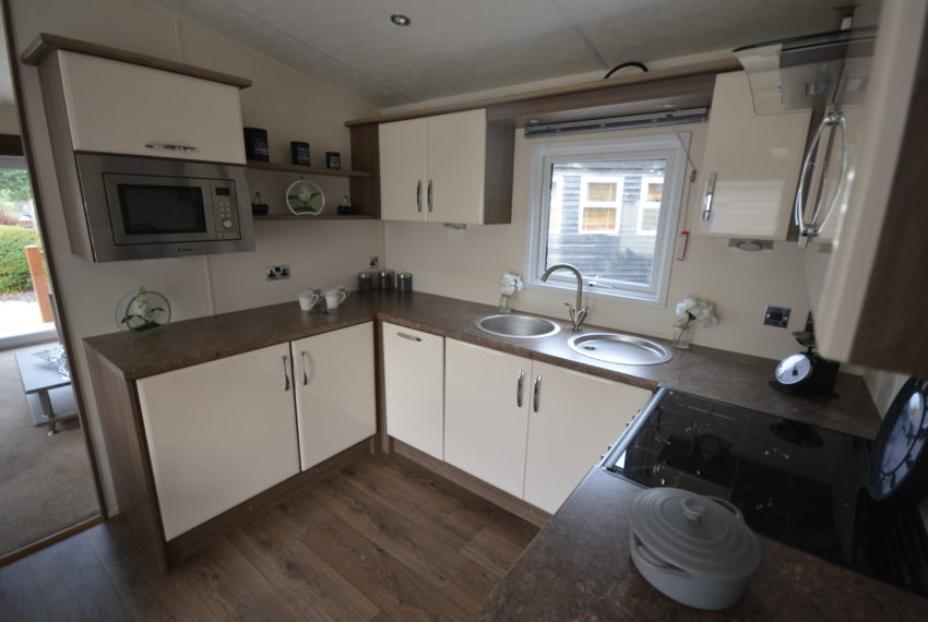 Carlton Meres Holiday Park - Delta Cambridge - Kitchen