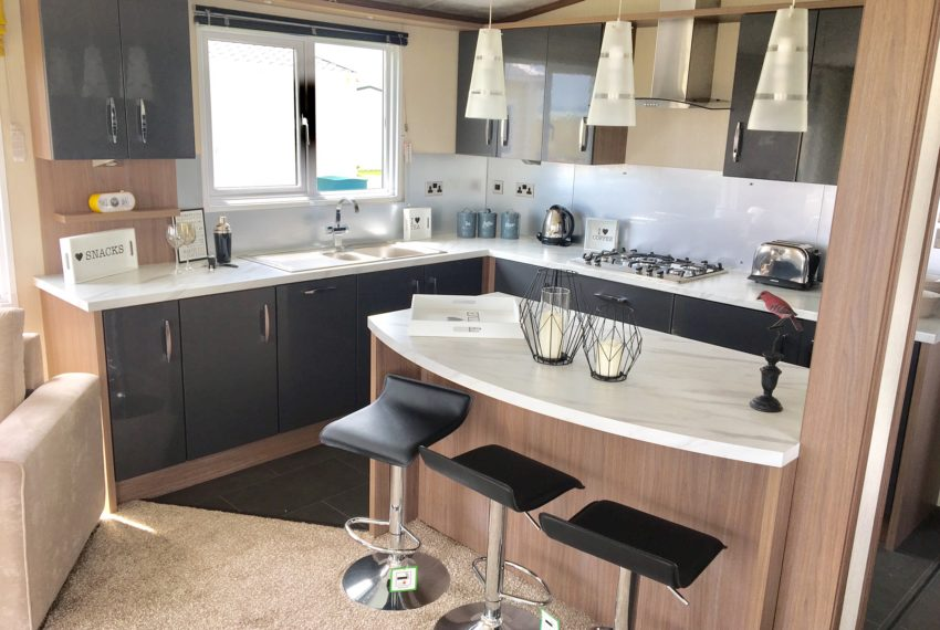 Solent Breezes Holiday Park - Pemberton Arrondale - Kitchen