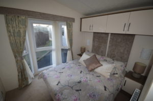 Winchelsea Holiday Park - Delta Cambridge - Bedroom