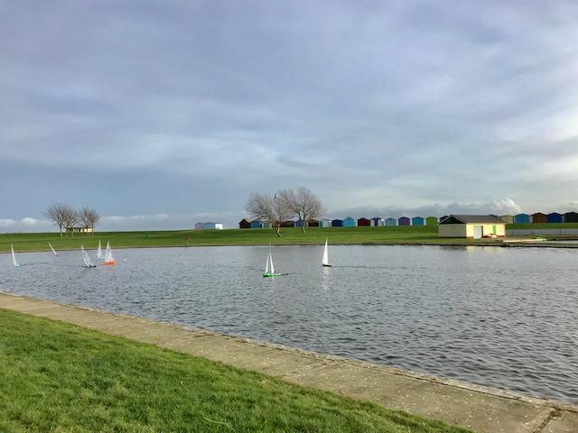 Dovercourt Holiday Park - Lake