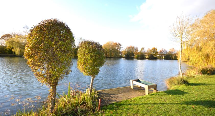 Carlton Meres Holiday Park Lake
