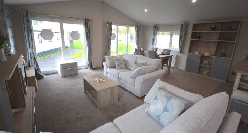 Carlton-Meres-Holiday-Park-Willerby-Candence-Lounge3