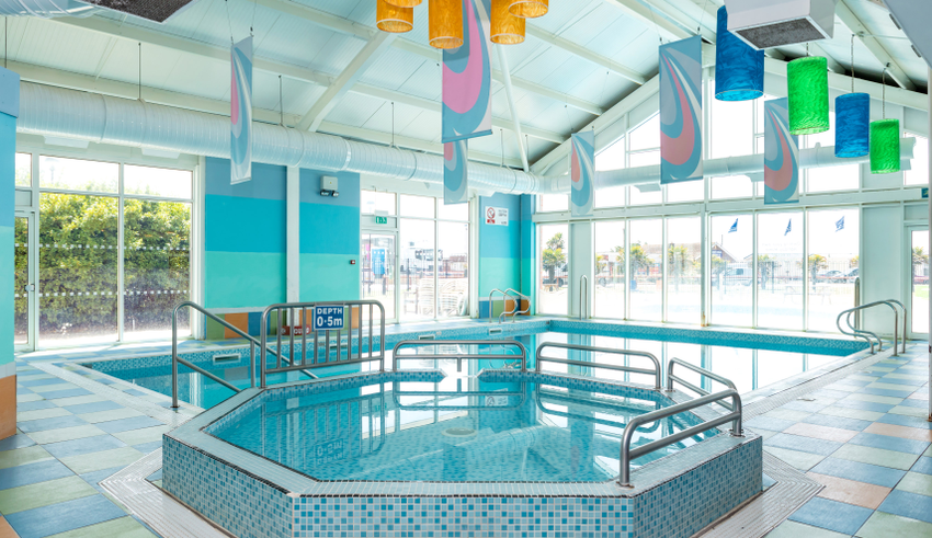 Martello Beach Holiday Park - Pool
