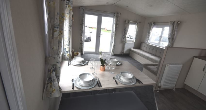 New-Beach-Holiday-Park-Delta-Hailsham-Dinning