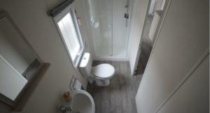 Golden Sands Holiday Park - Delta Hailsham - Shower Room