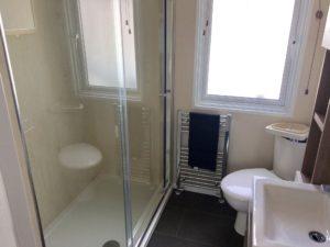 Solent Breezes Holiday Park - Pemberton Arrondale - Bathroom