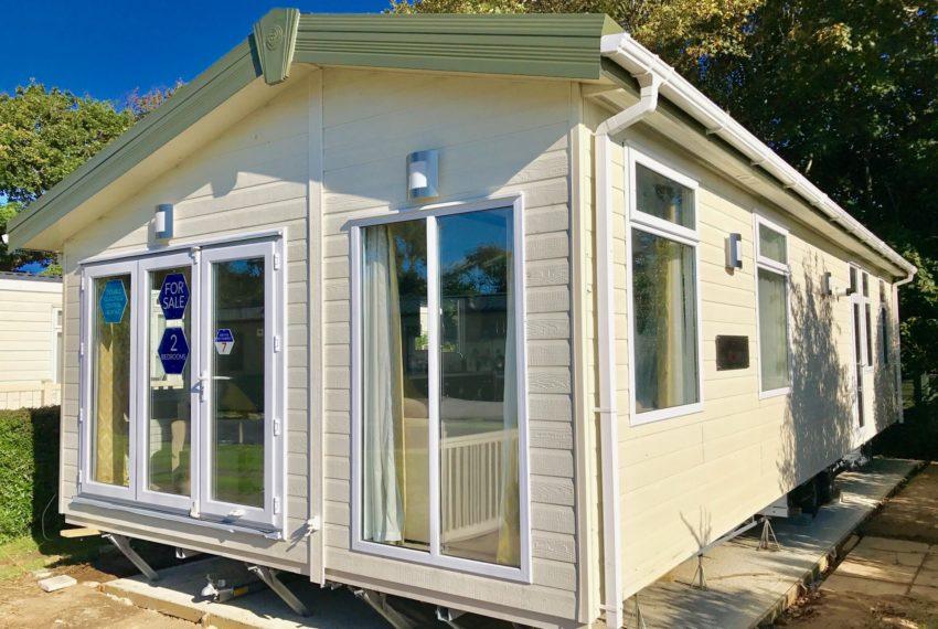 Solent Breezes Holiday Park - Pemberton Arrondale - Outside