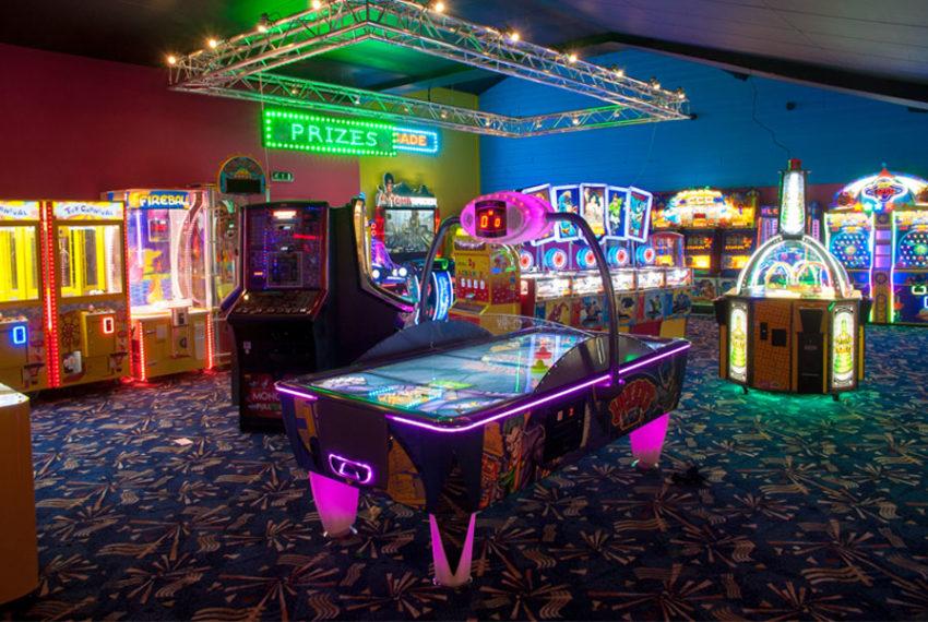 Dovercourt-Holiday-Park-Arcade