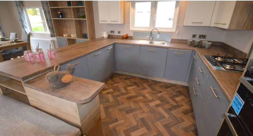 Carlton-Meres-Holiday-Park-Willerby-Candence-Kitchen