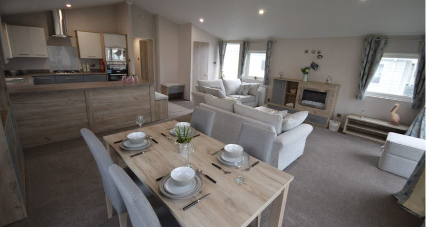 Carlton-Meres-Holiday-Park-Willerby-Candence-Lounge4