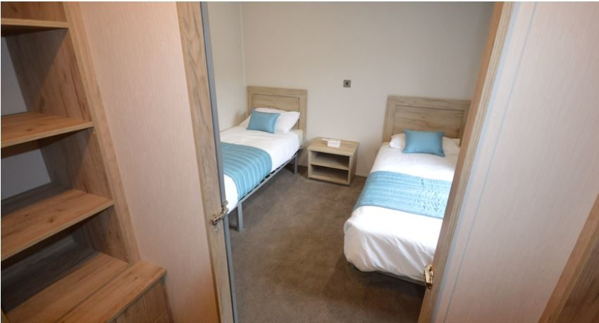 Carlton-Meres-Holiday-Park-Willerby-Candence-Master-Single Bedroom