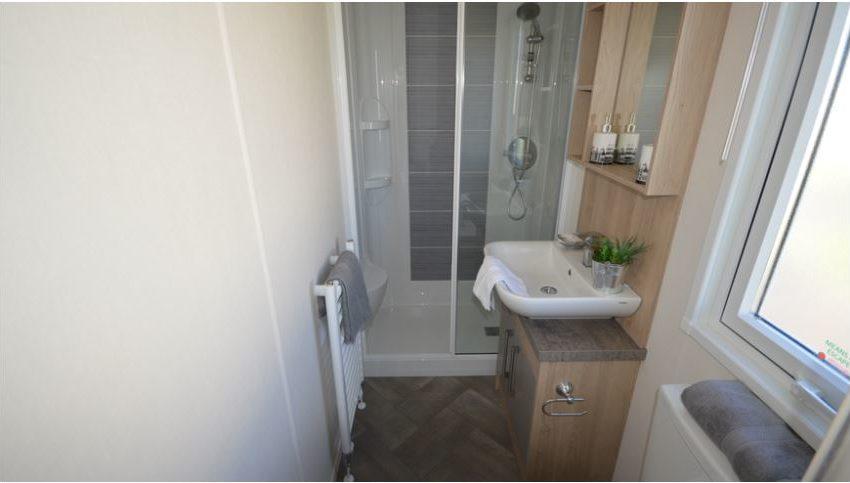 Seaview-Holiday-Park-Delta-ABI-Malham-Bathroom
