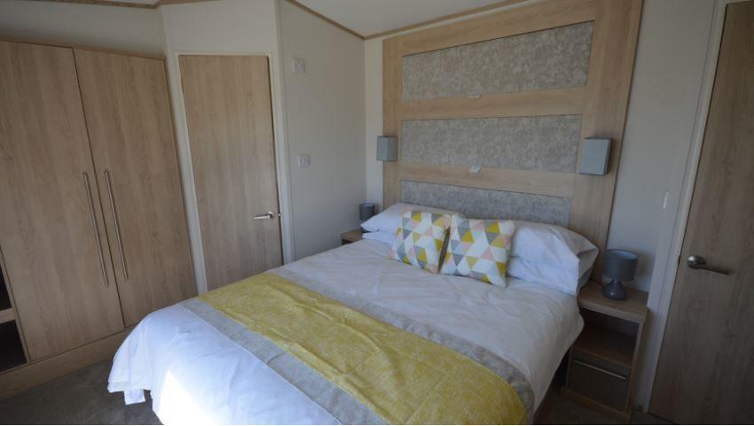 Seaview-Holiday-Park-Delta-ABI-Malham-Bedroom2