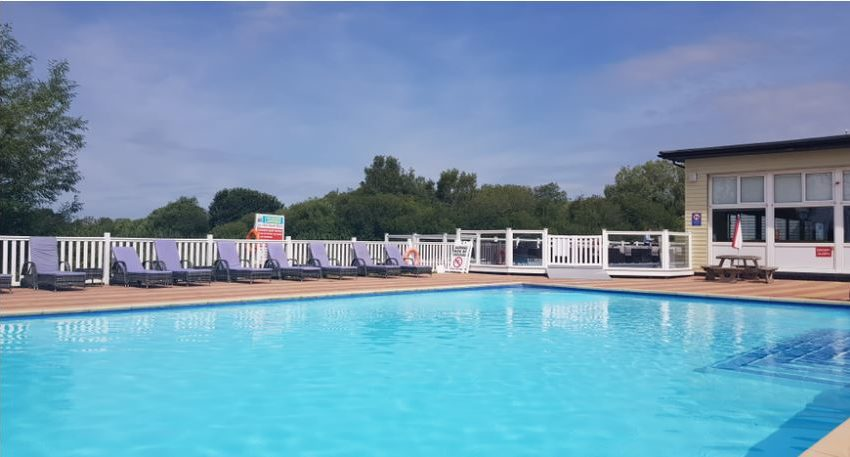 Chichester Lakeside Holiday Park Swimming Pool