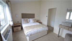 Golden Sands Holiday Park - Delta Canterbury - Master Bedroom