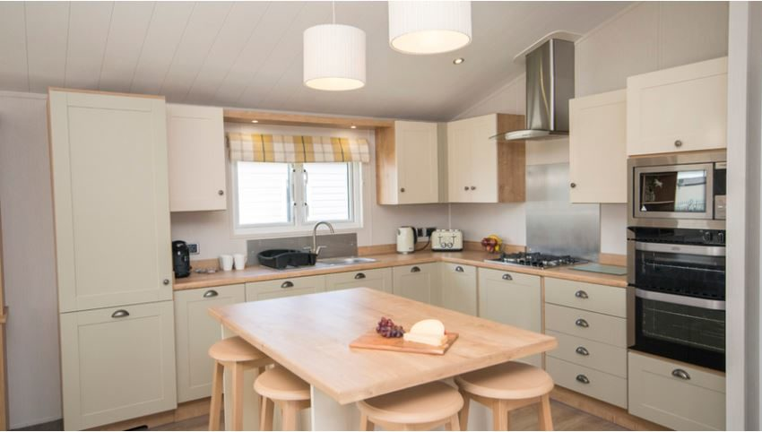 Pevensey-Bay-Holiday-Park-Willerby-Everleigh-Kitchen